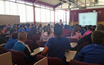 70 estudiantes del CEIP Sant Vicent Ferrer de Llíria participan en la jornada sobre el buen uso de las Nuevas Tecnologías